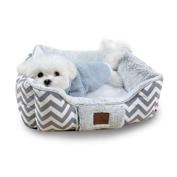 Dog bed white